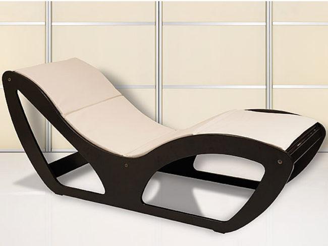 Lemi-Chaise-Longue